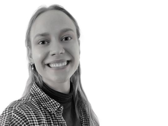 Rebekka frivillig ved Røde Kors 2021.jpg
