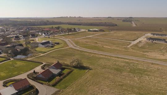 Dronefoto - Hesselholt Skovhuse.jpg