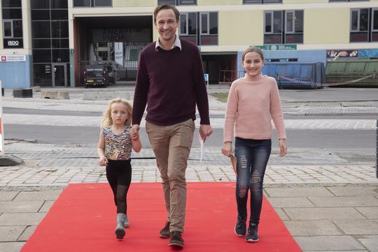Formand for Kultur- og Fritidsudvalget i Viborg Kommune Mads Panny med sine børn. Foto Flemming Jeppesen.