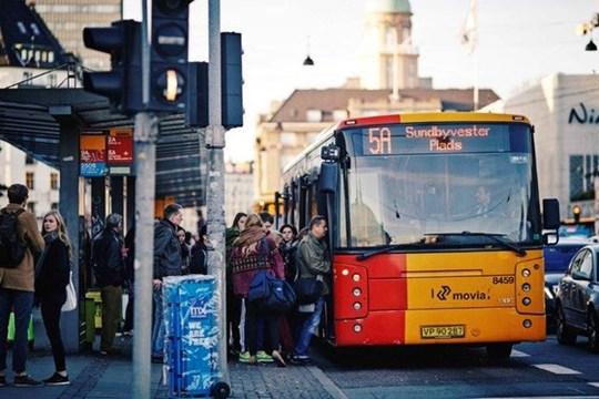passagerer_tietgensgade_indstigning_bus_foto_ulrik_jantzen.jpg