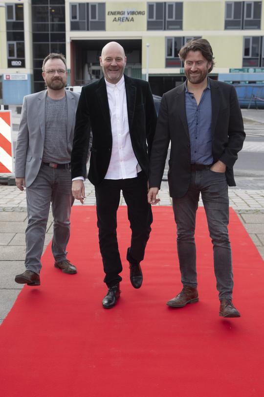 Producent David C. H. Østerbøg, producent og direktør Morten Rasmussen fra Deluca Film og instruktør Christian Dyekjær. Foto Flemming Jeppesen.
