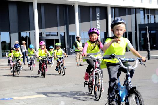 I Viborg Kommune begynder cykeltræningen allerede med cykellege i børnehaven. Foto: Viborg Kommune.