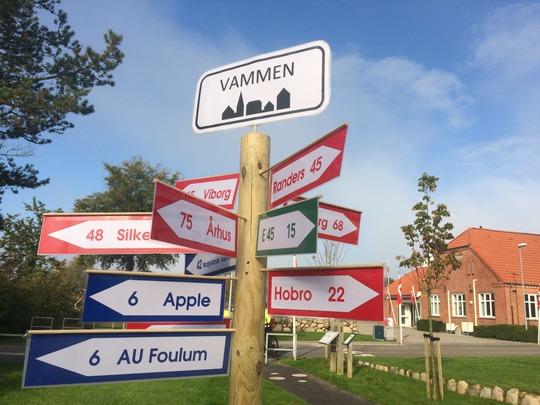 Når man bor i Vammen, bor man lige i midten af det hele.